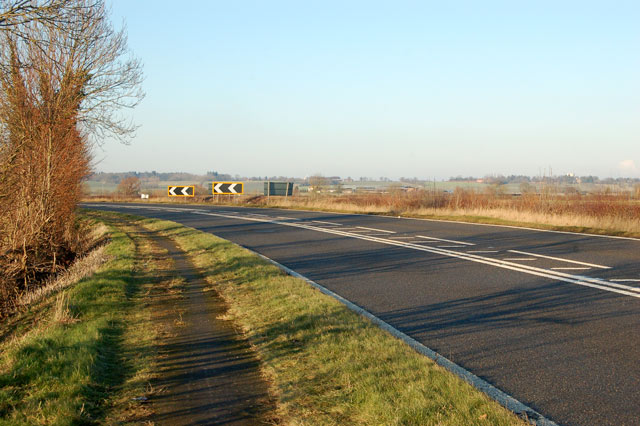 Bend on the A45 approaching Onley