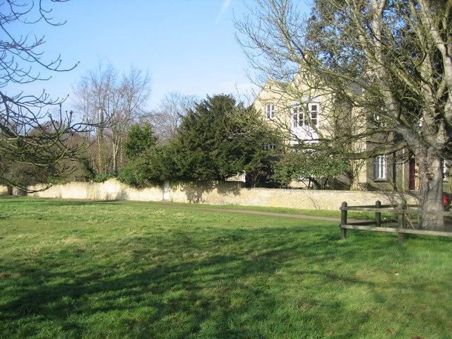 End view of Belvoir Terrace