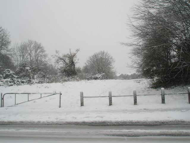 Heavy snow in Barncroft Way