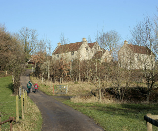 2010 : Up the hill to Lilliput Farm