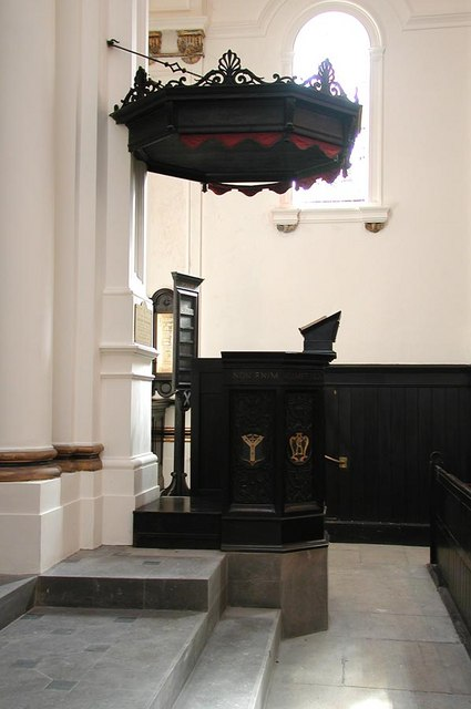 St Andrew, Hove, Sussex - Pulpit