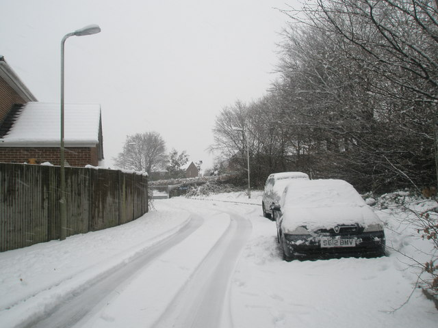 A snowy Georgia Close