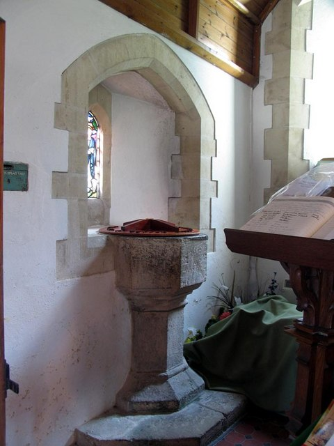 St Mary, Tarring Neville, Sussex - Font