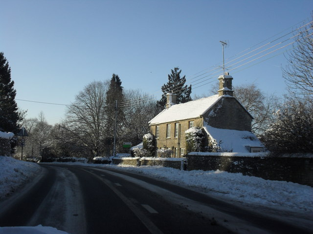 A361 through snowy Fulbrook