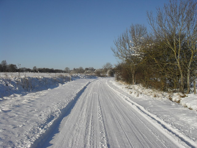 Snowy road to the A361
