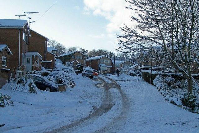 January 2010 - Coward Drive in the snow, Oughtibridge - 2