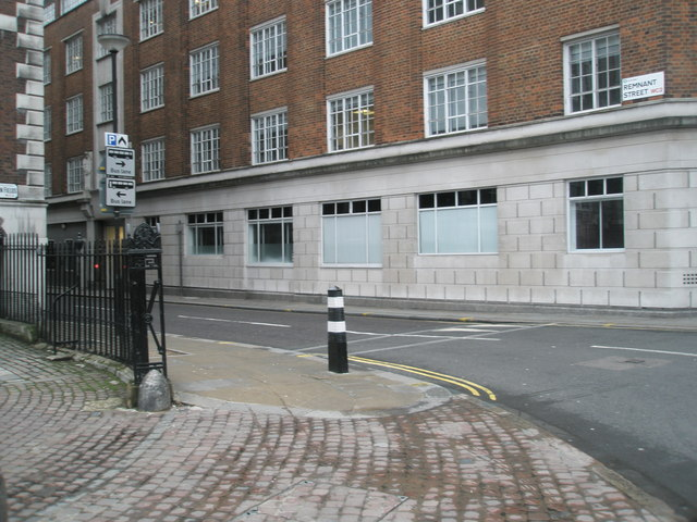 Looking from Lincoln's Inn Fields into Remnant Street