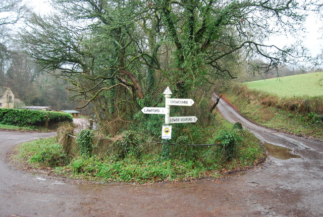 Road sign, Leigh Lane & Stickle Hill junction