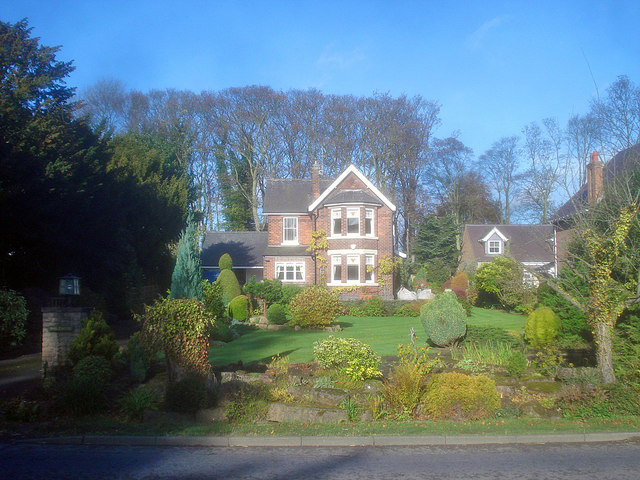 Detached house on Linby Lane