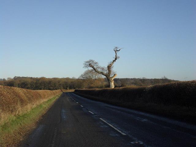 The B4019 towards Coleshill