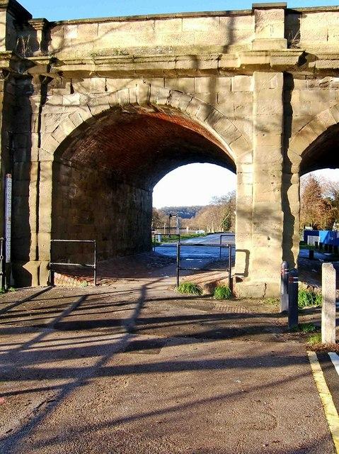 View northwest through an arch of Stourport Bridge, Stourport-on-Severn