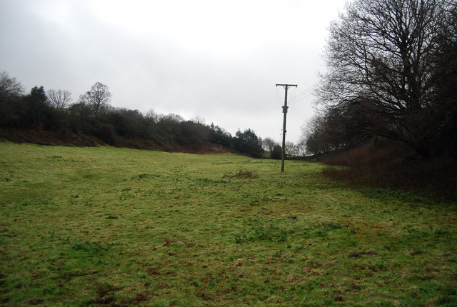 Small valley north of Roebuck Farm