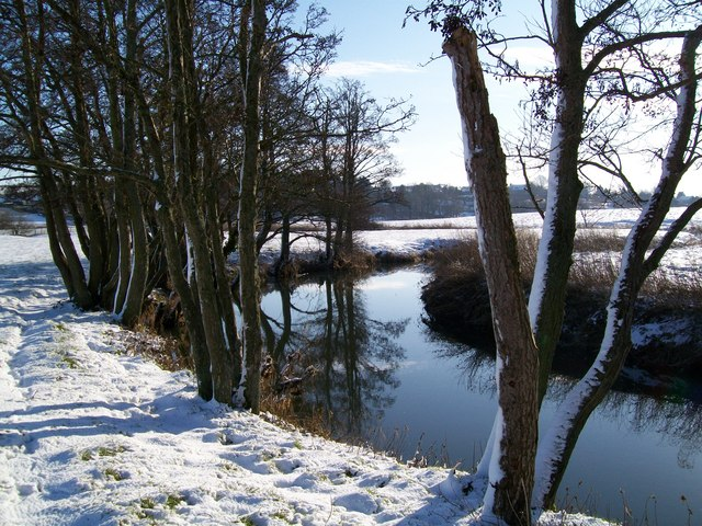 River Stour in the snow