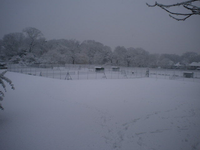 Tennis courts, Golders Hill Park NW11