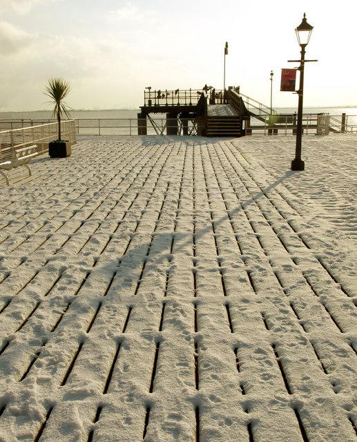 Winter on Hull's Pier