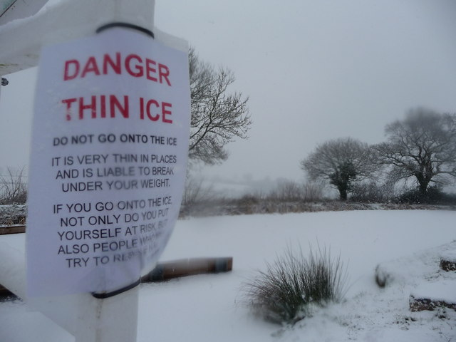 Mid Devon : The Grand Western Canal & Ice Warning