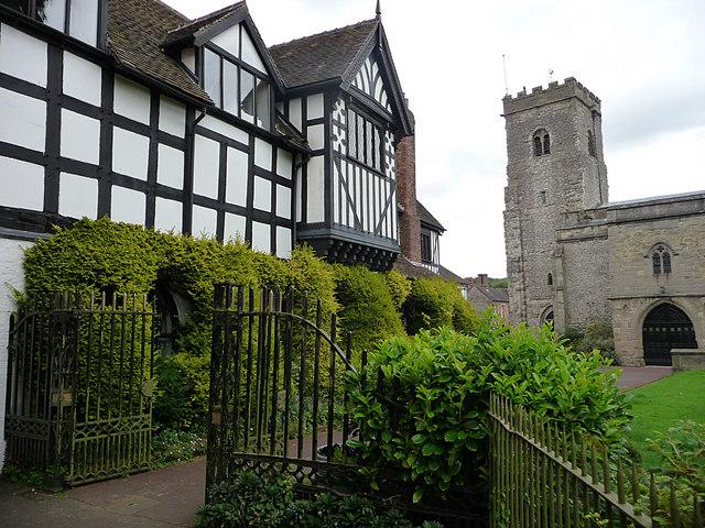 Churchyard gates, Much Wenlock
