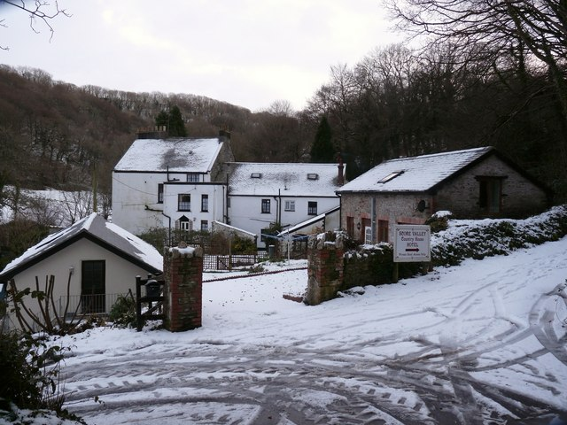Score Valley House Hotel