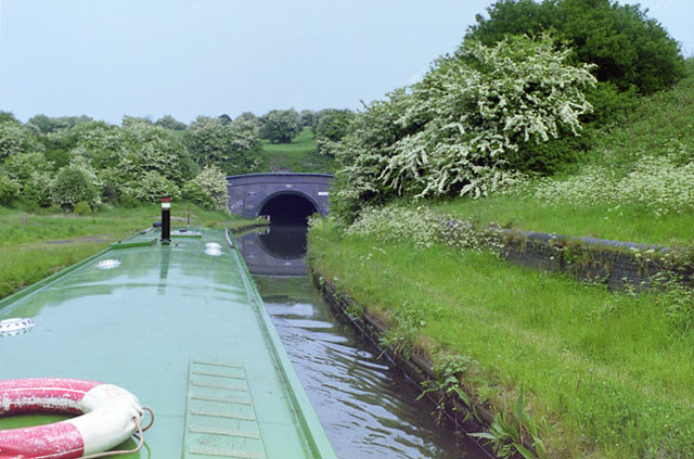 Approaching Netherton Tunnel, southwest end