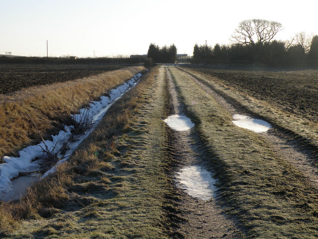 Farm track and footpath near Hamerton