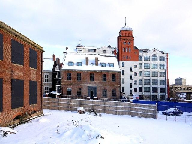 Friar House, Clavering Place