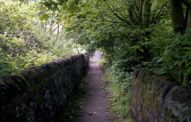 Horsforth:  Footpath from Hall Lane to Hunger Hills