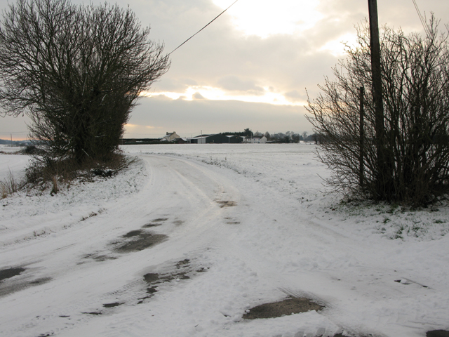 Road junction to Summerfield near Little Britten Farmhouse