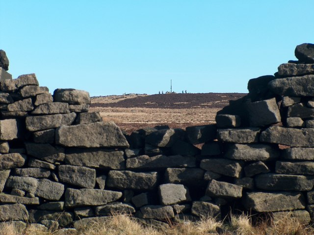 Stanage Pole from Stanage Edge