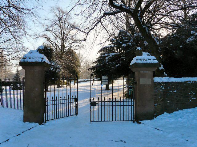 Entrance to Vernon Park