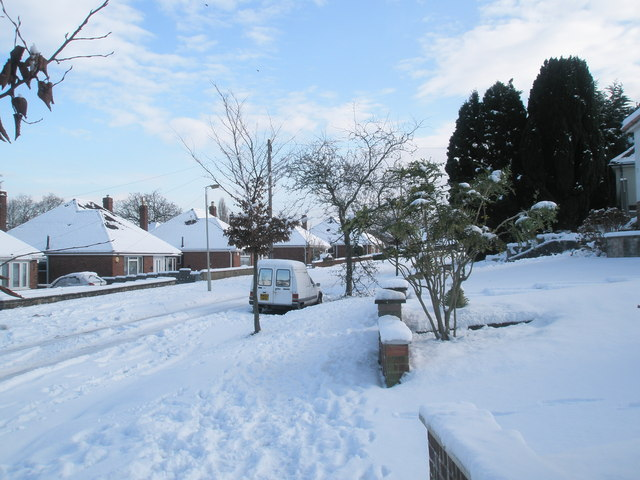 Mid section of a snowy Chestnut Avenue