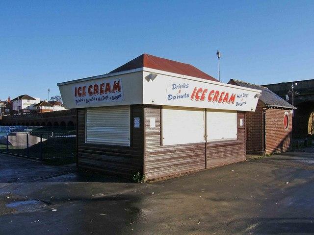 Ice cream stall, Riverside Meadows, Stourport-on-Severn