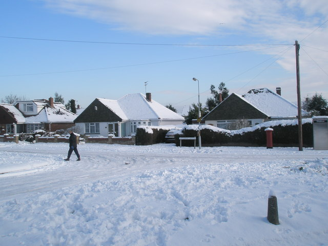 Looking from Littlepark Shops towards the postbox