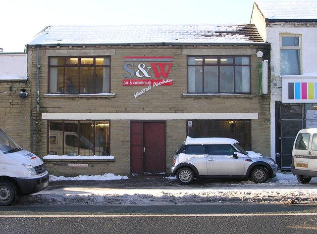 S & W car & commercials - Manningham Lane