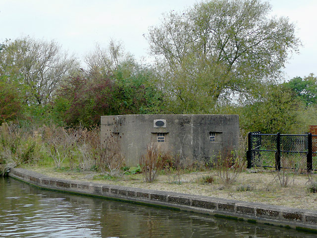 Pill box by the Trent and Mersey Canal near Stretton, Staffordshire