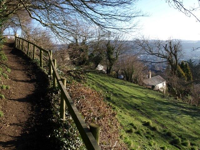 Cotswold Way climbing Wotton Hill (2)