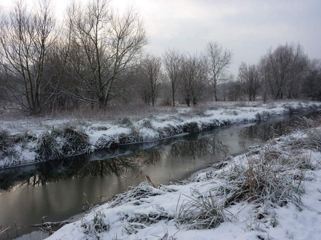 River Gipping in wintry conditions