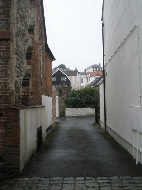Looking from Brewery Hill towards Tarrant Street