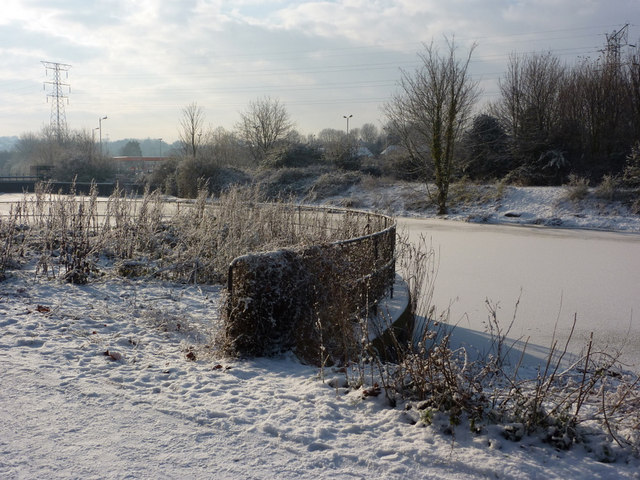 Snow and ice along the River Gipping