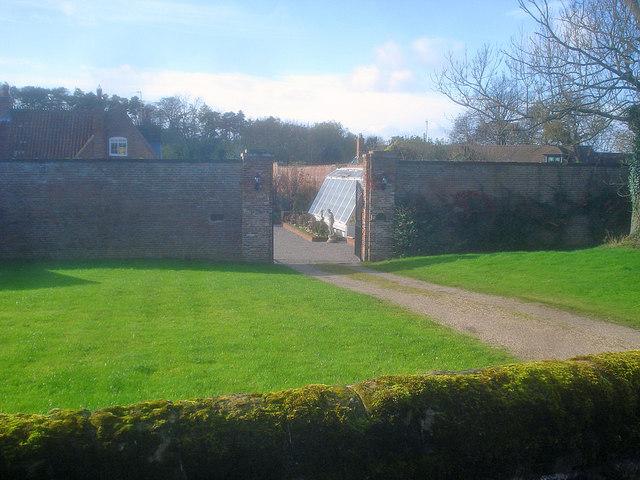 Walled Garden off Hall Lane