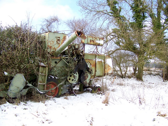 Abandoned combine, Bishopstone Hollow