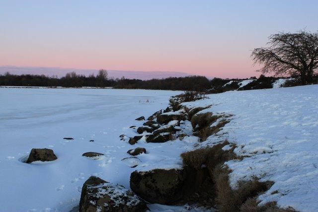 Enclosures snowy  embankment