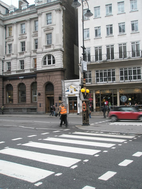 Workmen in The Strand