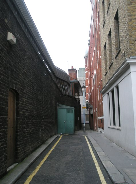Approaching a historical (no longer used) urinal in Star Yard