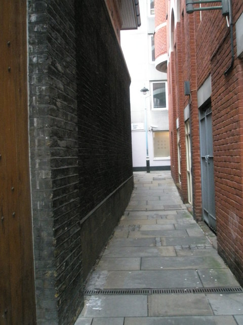 Passage from Star Yard to Bishop's Court