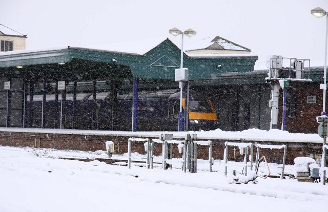 Snowy Didcot Station
