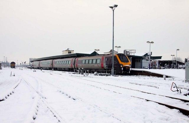 Train at Didcot Station
