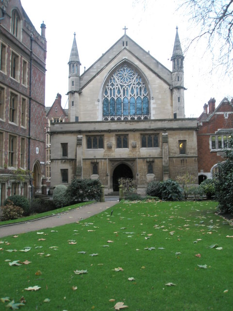 Leaves on the grass at Lincoln's Inn