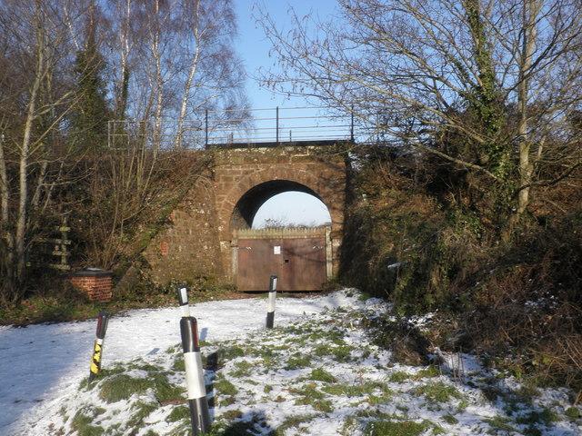 Railway bridge, south of Topsham