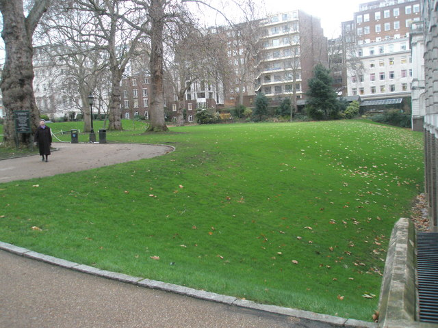 A dull December day in the gardens at Lincoln's Inn