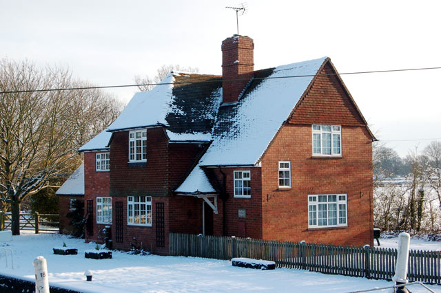 Welsh Road lock-keeper's house in the snow
